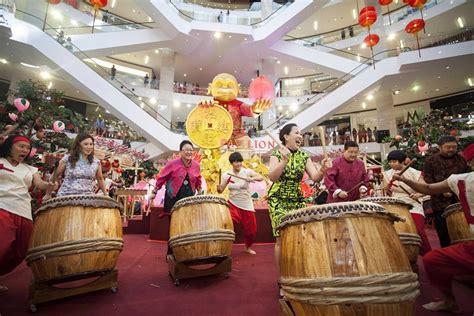 pavilion kuala lumpur new year 2016 pavilion kl celebrates new year with feast of