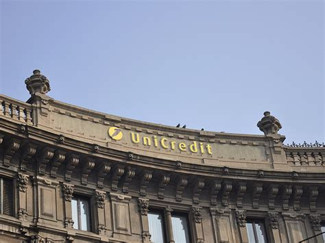 banca unicredit via unicredit si riorganizza in germania economia e finanza