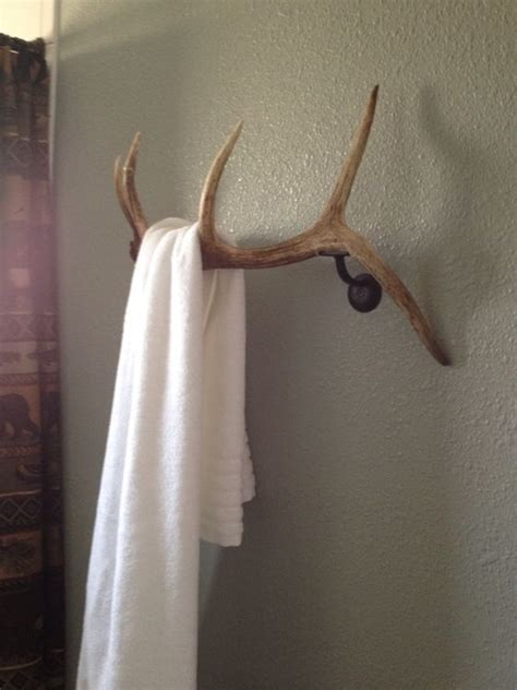 deer bathroom 28 cool ways to use antlers in home d 233 cor shelterness