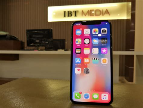 apple iphone xs xr launch effect iphone