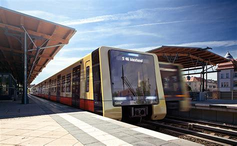 designb ro berlin berliner s bahn erh 228 lt neue z 252 ge dmm der mobilit 228 tsmanager