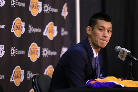 boozer benched l a lakers bench jeremy lin carlos boozer