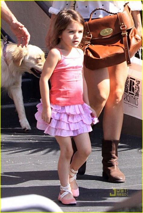 Holmess Shopping Spree For Suri by Suri Cruise Images Tom Cruise Suri Cruise