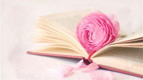 roses books 书香一瓣唯美温馨图片
