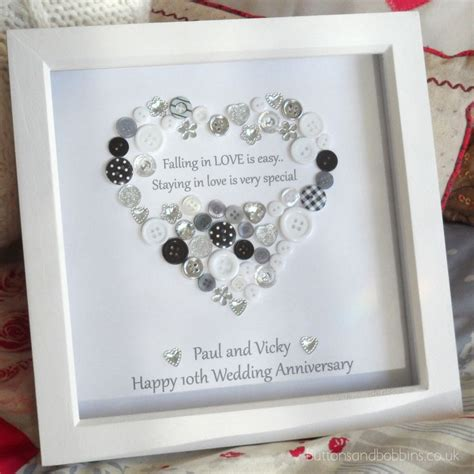 Wedding Box Frame Ideas by 25 Best Ideas About Engagement Frames On