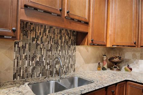 19 brilliant and beautiful kitchen backsplash ideas