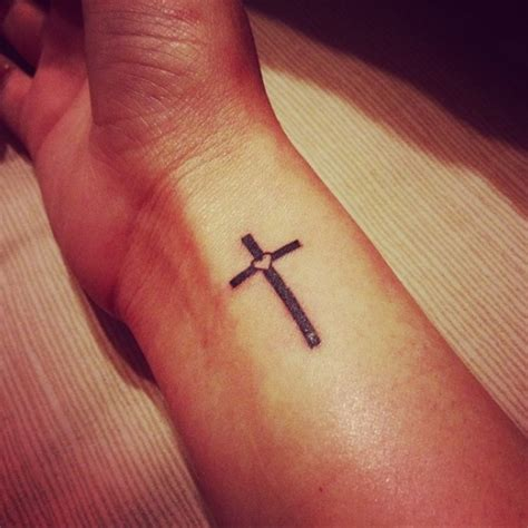 100 s of simple cross tattoo design ideas pictures gallery