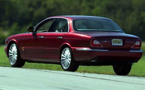 jaguar xjr review and rating motor trend 2004 jaguar xjr road test motor trend