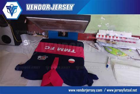 desain kerah lubang leher pembuatan baju futsal vendor pembuatan kostum seragam futsal polyflex tmm fc vendor