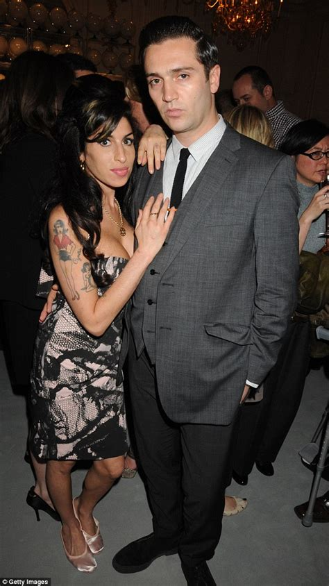 Winehouse And New Hubby In Spat by Winehouse Fans Treated To The Footage