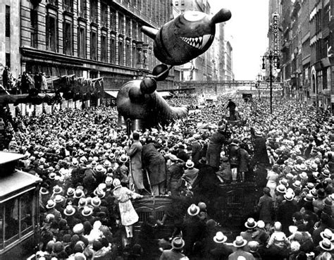history of new year parade macy s thanksgiving day parade 1931 photos macy s