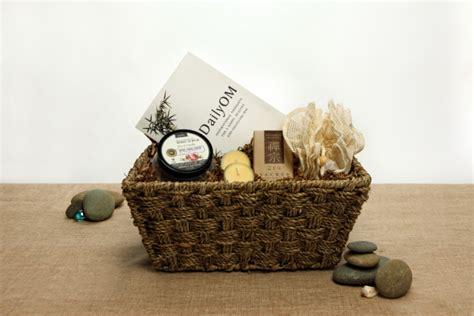 organic spa gift basket zen sational ecochicgiftbaskets com - Zen Gift Card