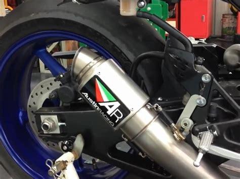 Cross Motorrad 350ccm by Bmw S1000rr Vs Yamaha R1 Crossplane Austinracing Gp2r
