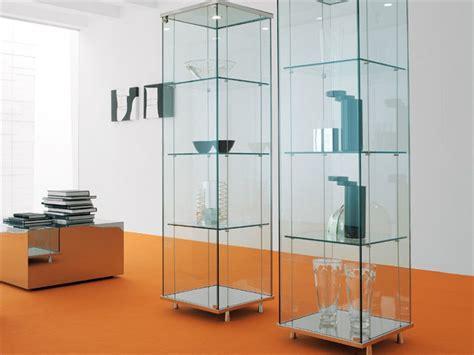 imagenes de vitrinas minimalistas el uso de las vitrinas decorativas de cristal