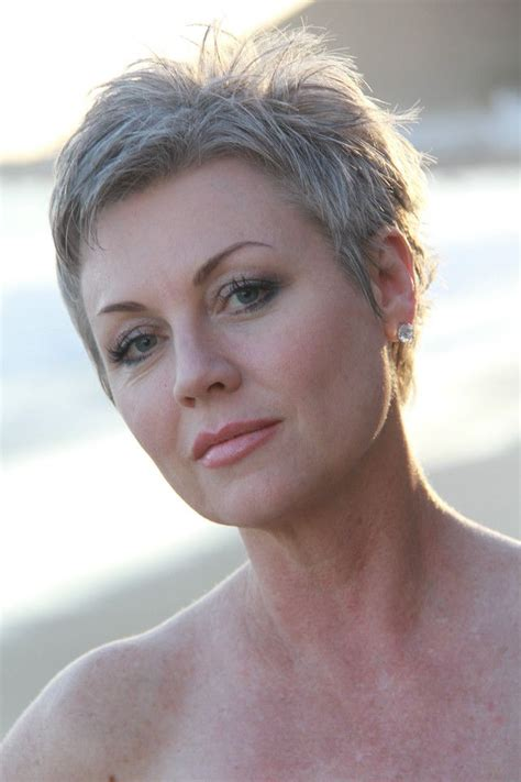 short cuts for grey thin hair 25 best ideas about short gray hairstyles on pinterest
