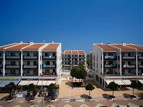 apartamentos pins platja cambrils pins platja apartments cambrils costa dorada spain