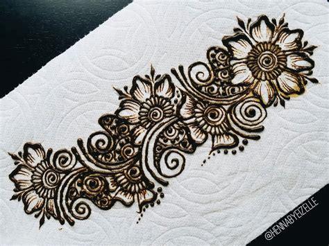 mehndi pattern drawing drawn mehndi simple pencil and in color drawn mehndi simple
