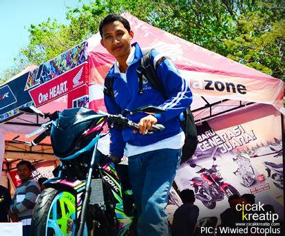 Kaos Honda Sonic 150r meriah banget launching all new cb150r dan new sonic 150r