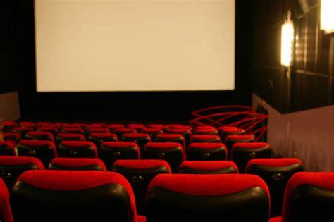 Kursi Rotan Di Makassar bioskop kursi rotan di makassar daenggassing