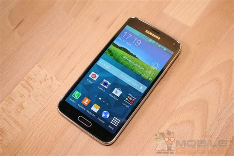 Samsung Galaxy S 5 samsung galaxy note 4 vs galaxy s5 side by side comparison mobile geeks