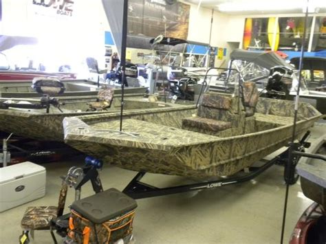 lowe boats chilliwack lowe roughneck 1860 tunnel jet boats for sale boats