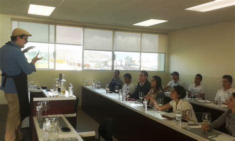 uabc escuela de enologa y gastronoma participan gastr 243 nomos en la iv jornada de enolog 237 a y