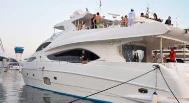 boat service in abu dhabi abu dhabi dhow cruise yacht rental yacht charter hire