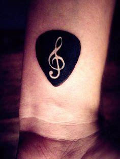 compass tattoo with music notes 25 b 228 sta guitar tattoo id 233 erna p 229 pinterest