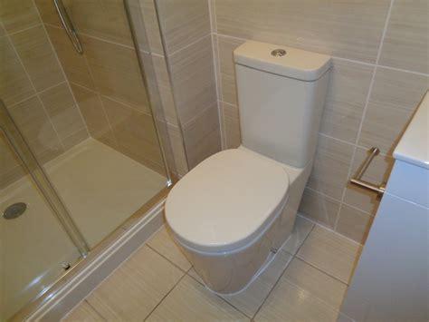easy way to clean bathroom tiles easiest way to clean shower tiles american hwy
