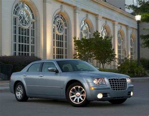 old car repair manuals 2009 chrysler 300 spare parts catalogs 2009 chrysler 300 review ratings specs prices and photos the car connection