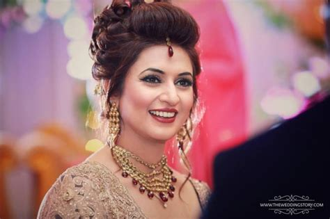 hairstyles for round face on lehenga steal the look divyanka tripathi s bridal looks decoded