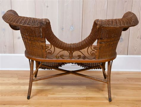 victorian settee antique antique victorian vanderbilt settee at 1stdibs