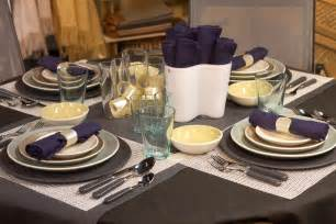 Centerpiece Dining Room Table Table Setting Ideas To Cultivate Family Togetherness