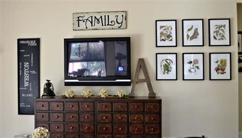 how to decorate our home painting furniture with spray paint burlap wreath clothes