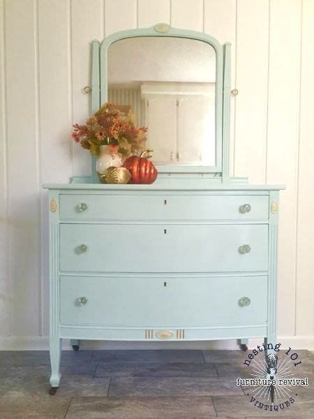 White Dresser With Glass Knobs by 3 Drawer Dresser Original Glass Knobs On