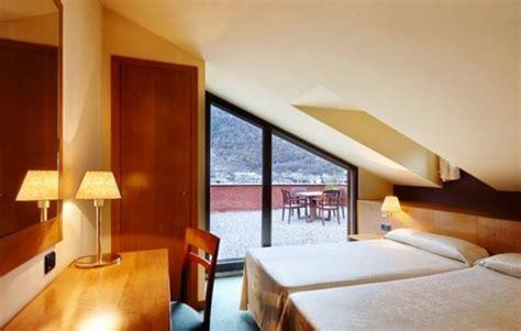 herren schlafzimmer design m 246 chten sie ein traumhaftes dachgeschoss einrichten 40