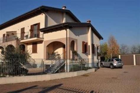 vendita casa pavia ville in vendita a pavia