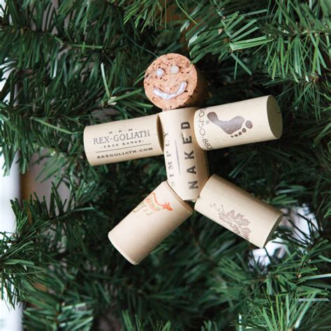 goodnyou diy wine cork ornament
