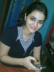 Pakistani girls mobile numbers for friendship 2013 photos images pics