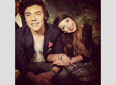 42 best Beauty gurus images on Pinterest | Clothing styles ... Zoella And Harry Styles Manip