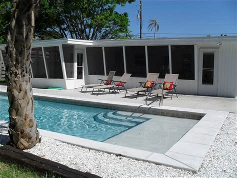 siesta key house rentals on siesta key crescent house rentals