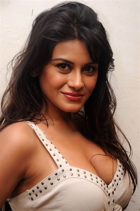 Is Cleavage by Cleavage Daily And South Indian Actresses