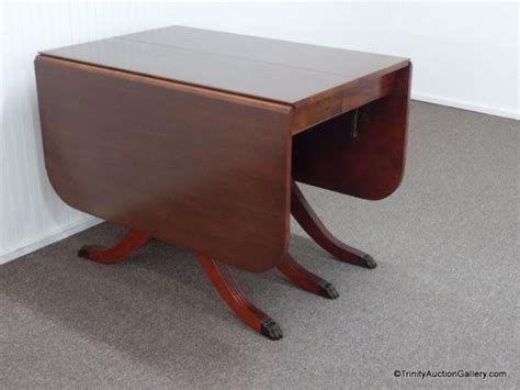 duncan phyfe dining table 1940 vintage 1940 s duncan phyfe drop leaf dining table