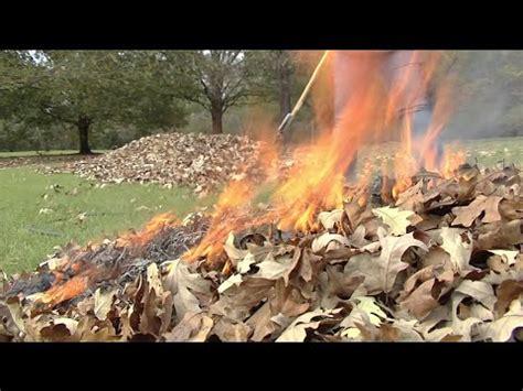 burn leaves in backyard how to safely burn leaves and yard waste vidbb com