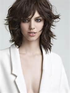 coiffure carre degrade avec frange les tendances mode du
