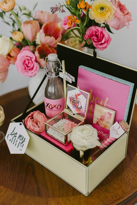 bridal shower gift ideas from bridesmaid bridal shower ideas