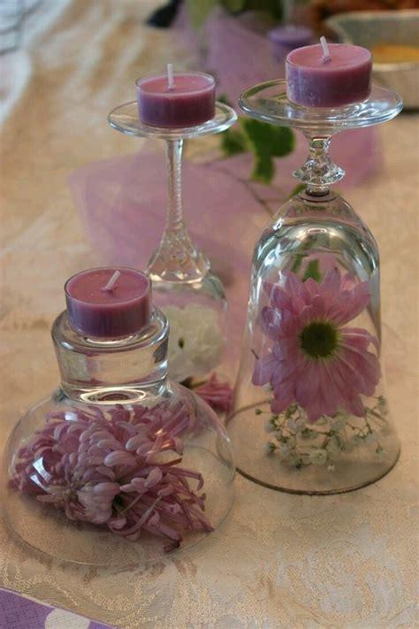 ideas de manualidades y centros de mesa con gomitas dulces cositasconmesh centros de mesa usando copas de cristal copas de cristal copa y centros de mesa