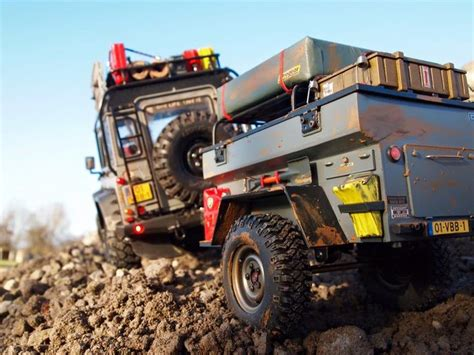 Rc Car Adventure Land Rover Defender D90 Axial Scx10 Rc4wd defender d90 based on a axial scx10 chassis the trailer