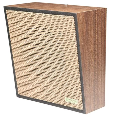 valcom 1 way woodgrain wall speaker weave vc v 1022c