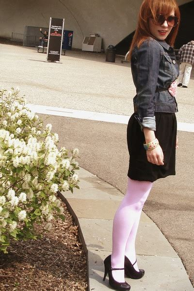 we colors tights pink we colors tights black uo skirts black h m
